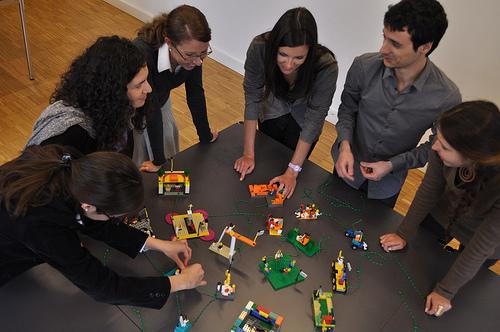 2313-Inc-Team-Building